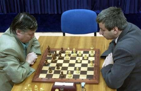 chess_5april2002.jpg