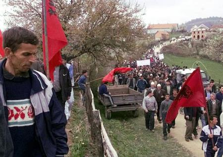 yugoslav_macedonia_17april2002.jpg